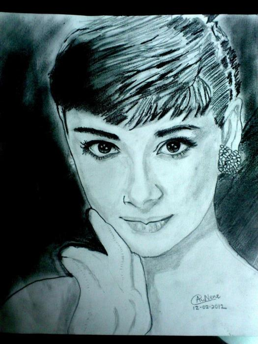 Audrey Hepburn by ghost7744